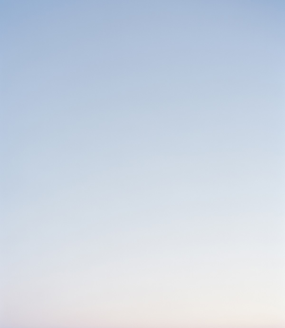 sky-ruby-stephan-e8fad630eb5cc8b608ab7793a61b022c